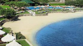 Pláž u hotelu Porto Elounda Golf & Spa Resort, Elounda