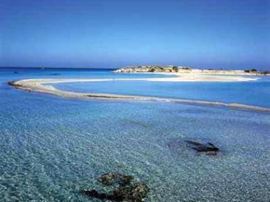 Krétská pláž Elafonisi