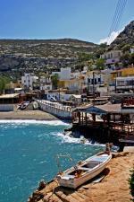 Krétská vesnička Matala na pobřeží