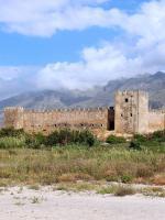 Krétská pevnost Frangokastello